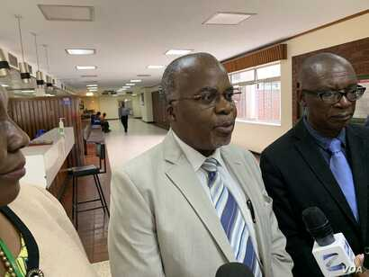Zimbabwe Health Services Board Chairman Paulinus Sikhosana says there are no plans to meet the demand for salaries in U.S. dollars for doctors.