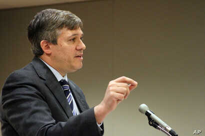 State Sen. Bill Wielechowski, D-Anchorage, argues in Alaska Superior Court, in Anchorage, Alaska, Nov. 17, 2016. Wielechowski and two former state lawmakers sued the state, contending Gov. Bill Walker didn't have the authority to reduce this yearâ...