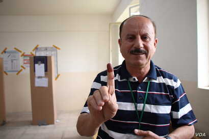Jalel Ibrahim has been observing Iraqi elections since 1991.  He says fraud-prevention measures are particularly necessary in Iraq, where political parties often fall on sectarian lines on May 12, 2018 in Irbil, Kurdistan Region, Iraq. (H.Murdock/VOA...