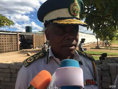 Moses Chihobvu, the deputy head of Zimbabwe Prisons and Correctional Services, says Harare would want prison conditions to be up to top notch if funds permit, March 2017. (S. Mhofu/VOA)