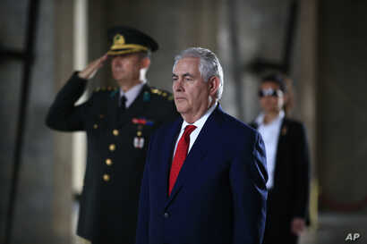 U.S. Secretary of State Rex Tillerson stands before laying a wreath at the mausoleum of Turkey's founding father, Mustafa Kemal Ataturk, in Ankara, March 30, 2017. Tillerson and Turkish officials on Thursday discussed ways to coordinate the fight aga...