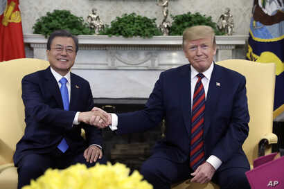 President Donald Trump meets with South Korean President Moon Jae-in in the Oval Office of the White House, April 11, 2019.