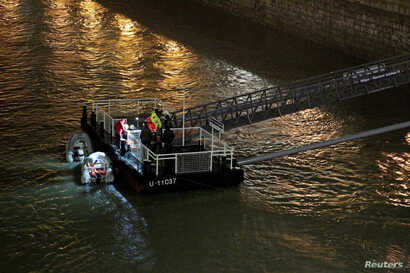 A rescue boat is seen on the Danube river after a tourist boat capsized in Budapest, Hungary, May 30, 2019.
