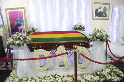 The coffin of the late former Zimbabwean leader Robert Mugabe at his residence in Harare, Sept. 12, 2019.