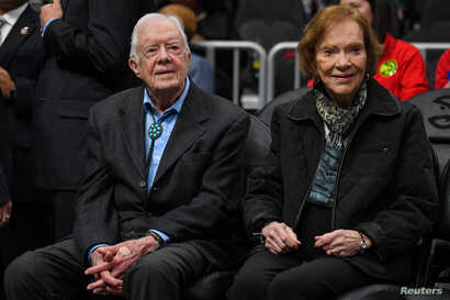 Former U.S. president Jimmy Carter and his wife Rosalynn Carter in attendance at the game between the Atlanta Hawks and the New York Knicks in Atlanta, Feb. 14, 2019. (Dale Zanine-USA TODAY Sports)