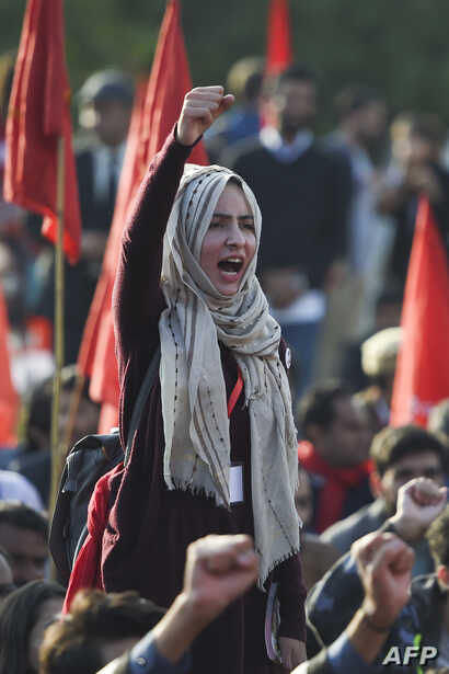 Students shout slogans during a demonstration demanding for reinstatement of student unions, education fee cuts and batter education facilities,  in Islamabad on Nov. 29, 2019.