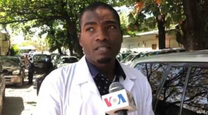 Doctor Jacques Mackenzie says the General Hospital is ill equipped to handle Coronavirus patients. (Matiado Vilme / VOA Creole)