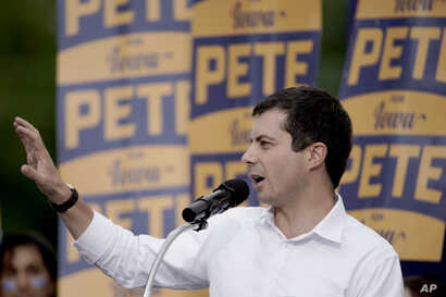 Democratic presidential candidate and South Bend Mayor Pete Buttigieg speaks at the Polk County Democrats Steak Fry, in Des Moines, Iowa,, Sept. 21, 2019. (AP Photo/Nati Harnik)