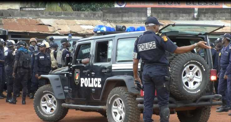 Police forces have been deployed at the Kondengui Central Prison in Yaounde, Cameroon, July 23, 2019. ( M. Kindzeka, VOA)