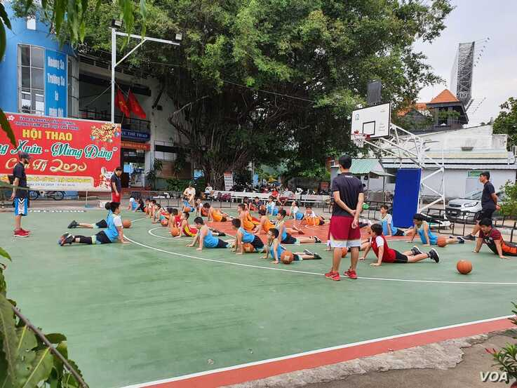 Vietnam's post-virus reopening means people can gather again. (VOA News)