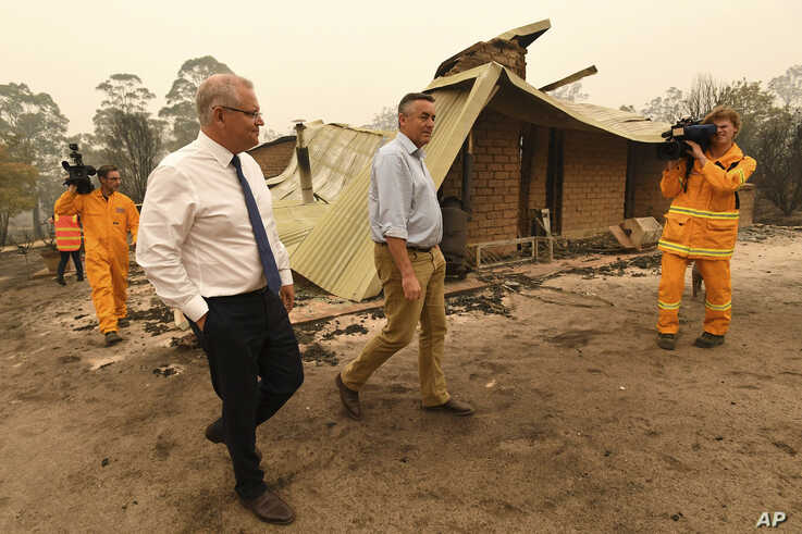 Scott Morrison commits $2 billion to Australia bushfire recovery fund
