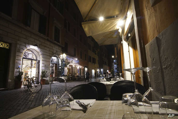 A restaurant in the popular neighborhood of Trastevere in Rome, Friday, March 6, 2020. With the coronavirus emergency deepening…