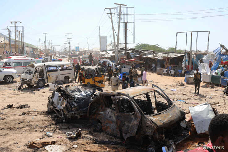 Auto bomb rocks Somali capital Mogadishu, killing at least 20